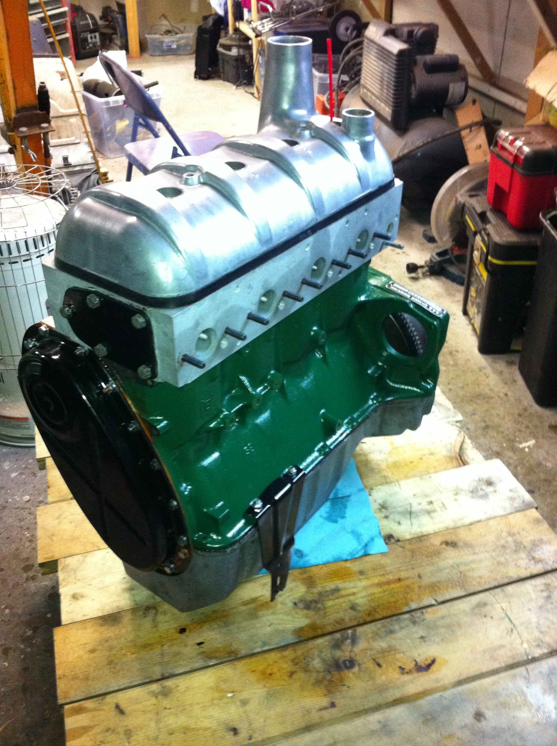 The basic engine is getting near complete, time for more cleaning and accessory installation