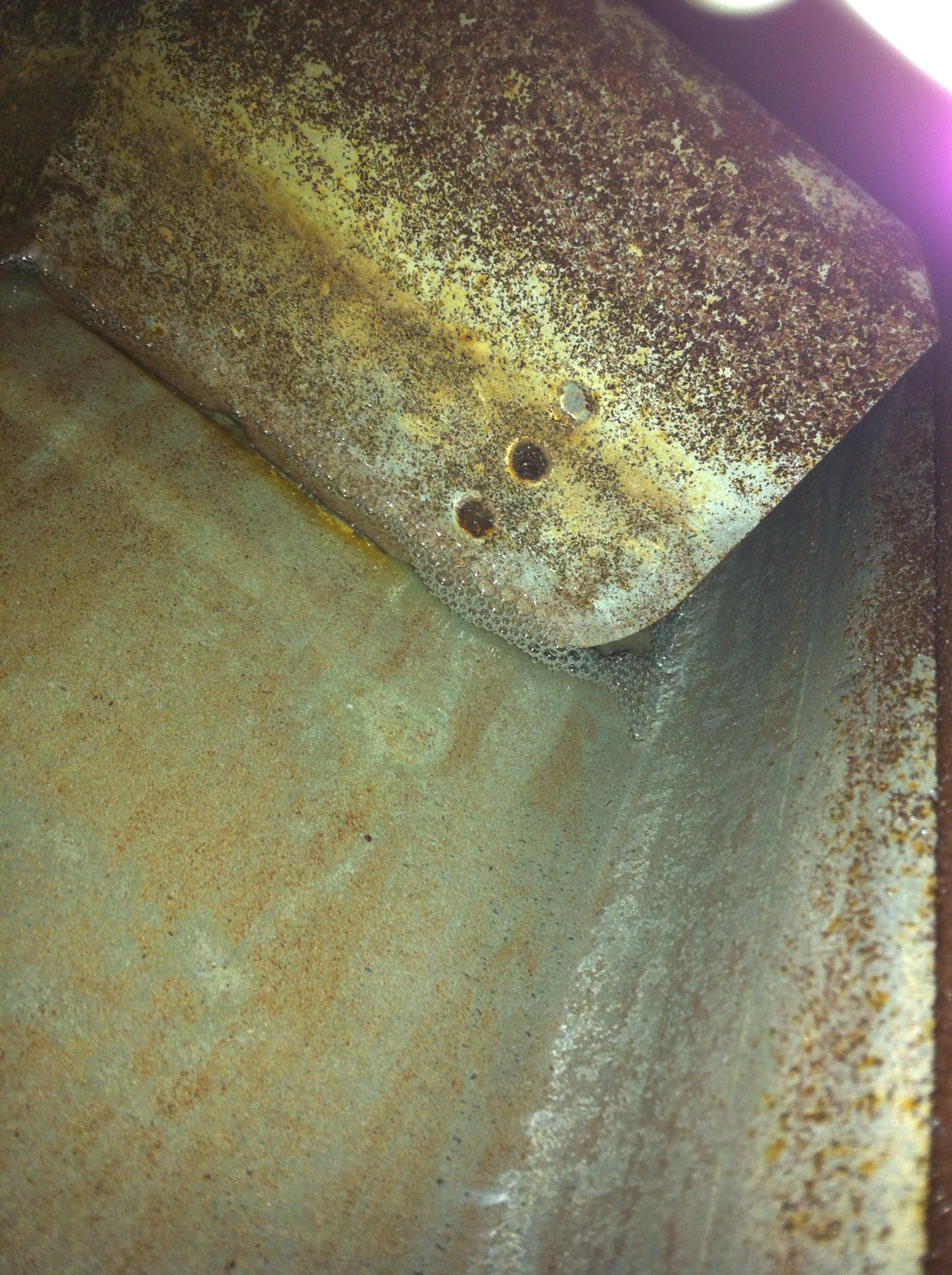 Fuel tank after cleaning with Marine Clean