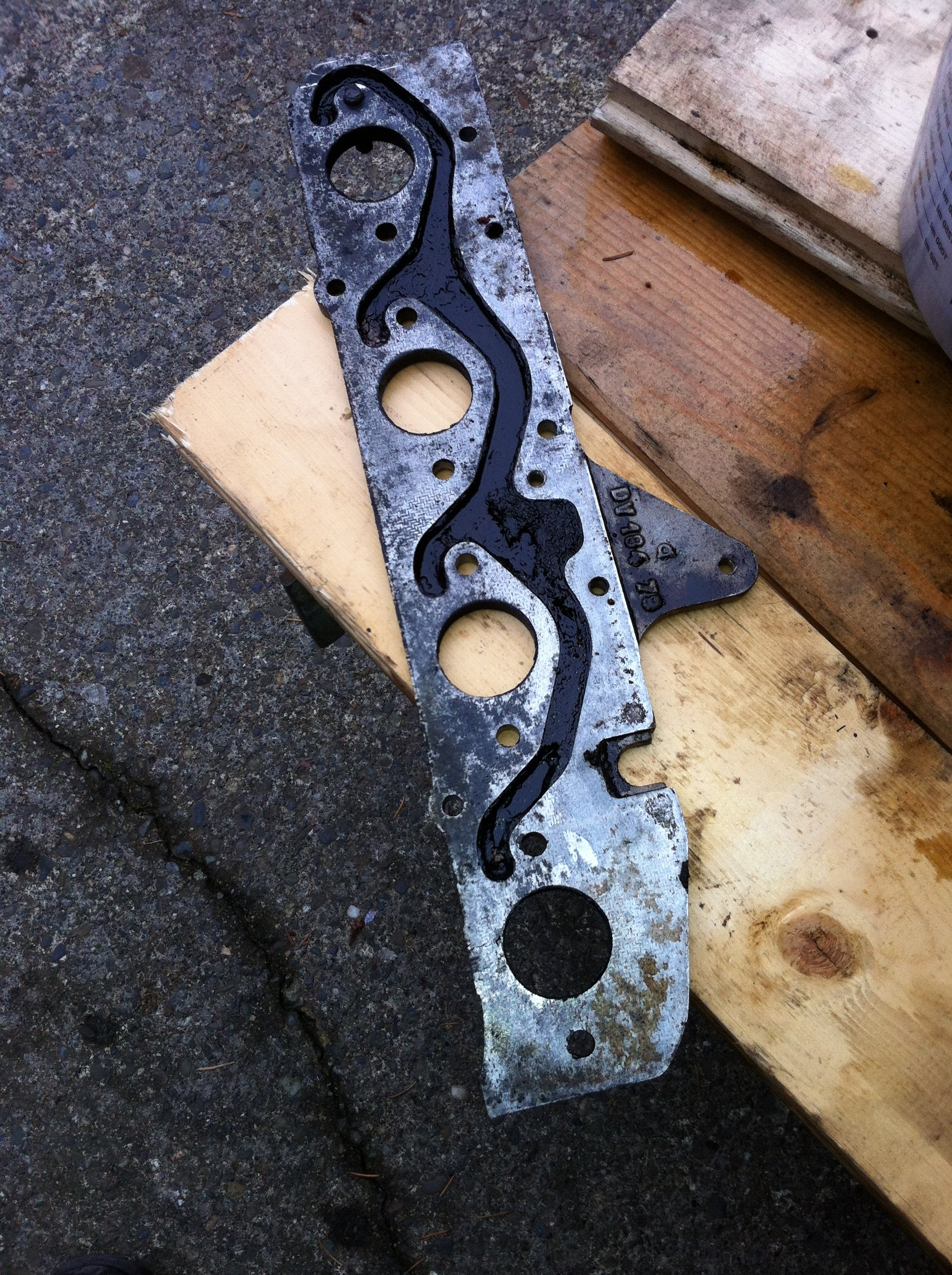 exhaust-manifold-spacer