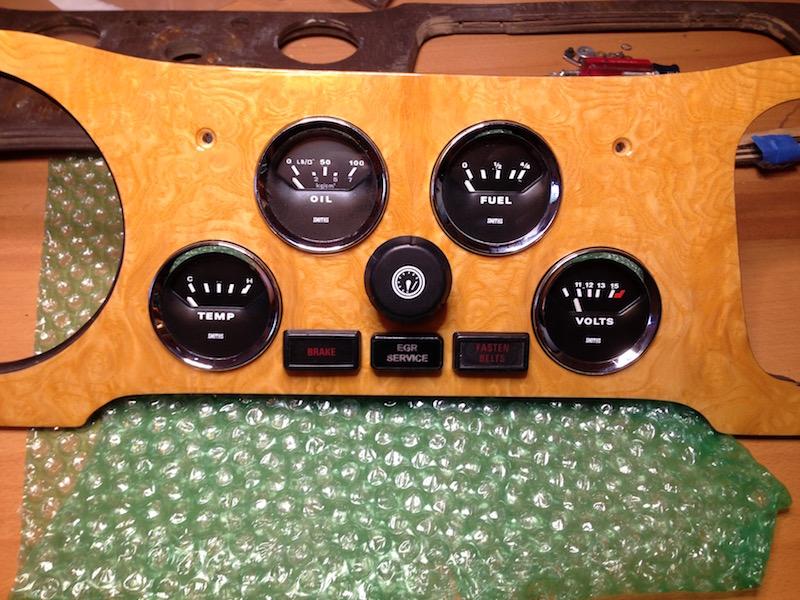 TR6 Dashboard and instruments restoration – jimphoenix com